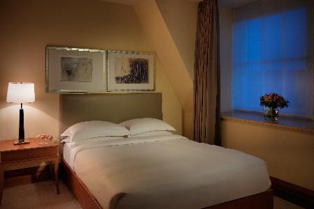 sleeping-room-A1